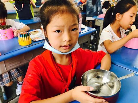 汉阴县凤台小学:让文明节约在校园中蔚然成风
