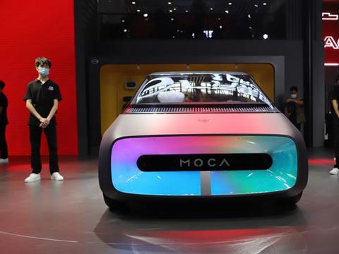 科幻级国产小车,对开门+矩形方向盘!若量产还看飞度?