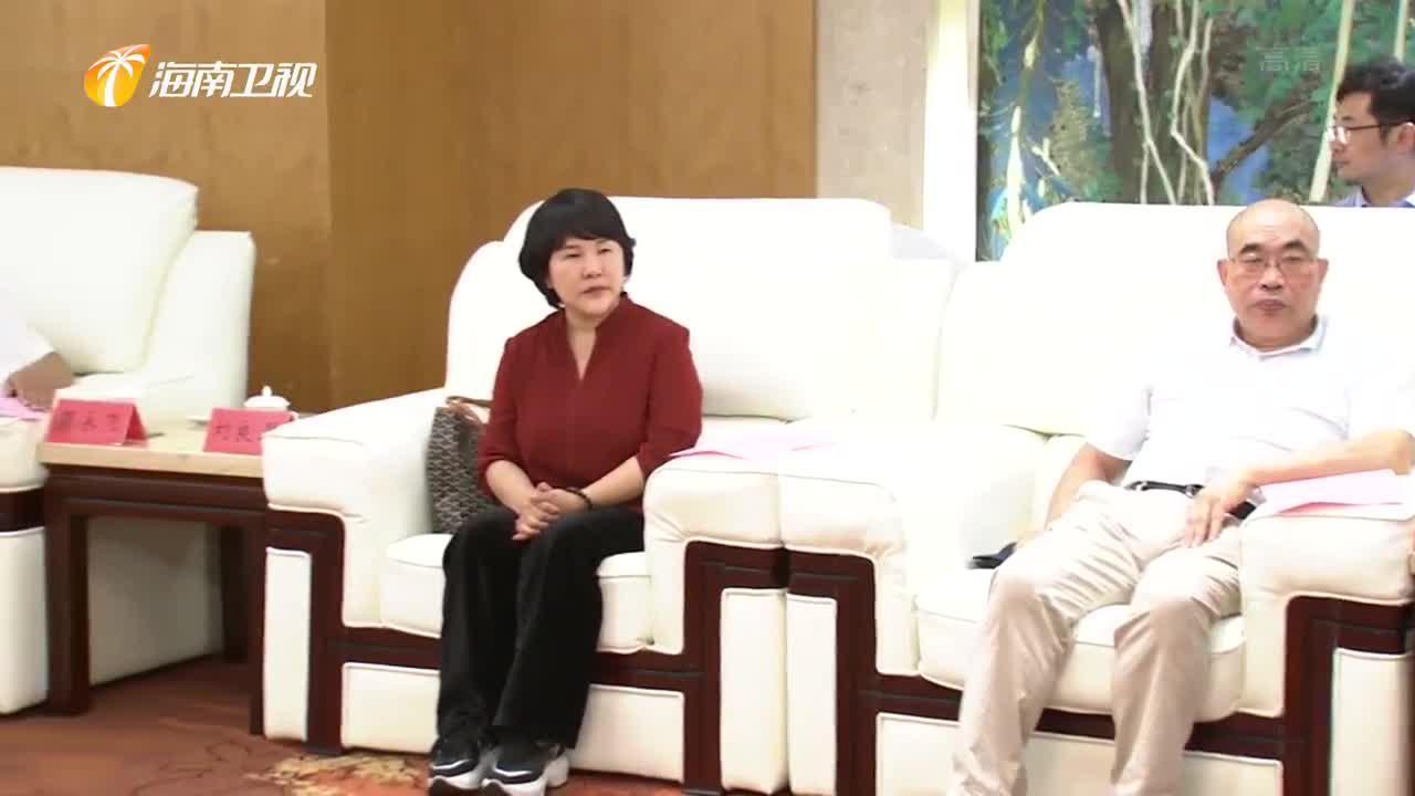 刘赐贵拜会全国政协副主席郑建邦 毛万春参加