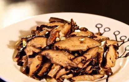 美食精选:果味鸡翅、剁椒腰花、素炒香菇、油泼鸡块