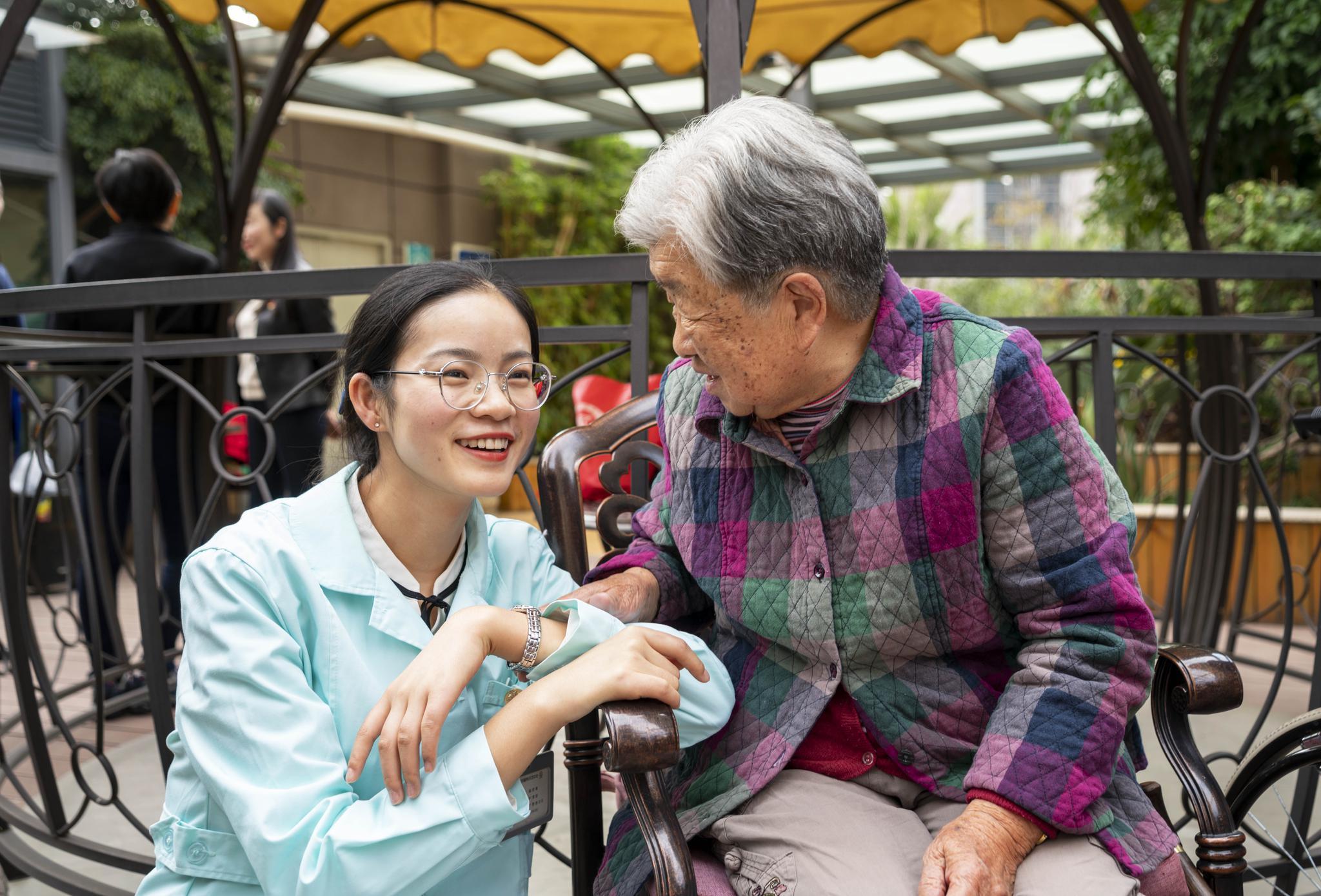 北京发布养老人才政策 本科毕业生入职奖励6万元