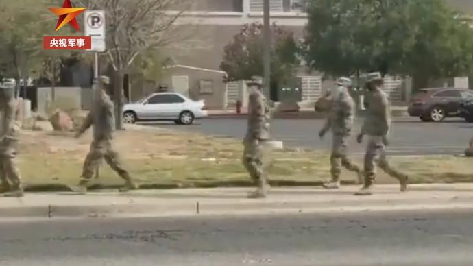 美国得州疫情严峻,国民警卫队协助转移新冠死者遗体