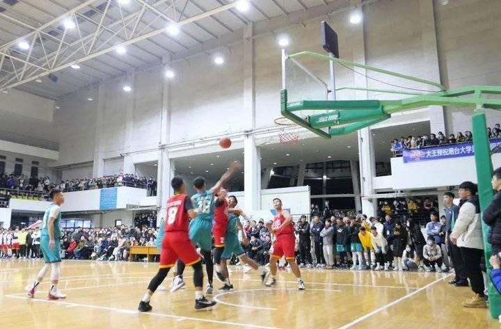燃!这是烟台大学2020年篮球啦啦操桂冠争夺的巅峰之战!
