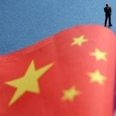 """他高喊""""我是中国人"""",台当局气急败坏,对他动手了"""