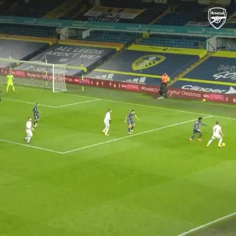 阿森纳对阵利兹联,多亏了莱诺的出色发挥…………