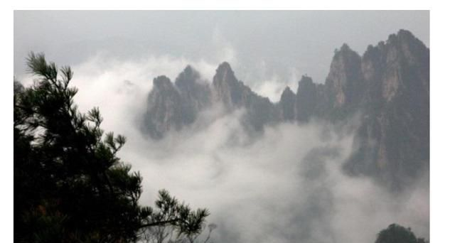洛阳市龙峪湾,国家5A级旅游景区,似轻纱,似大海