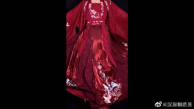 闺蜜约我当伴娘,说要穿洁白婚纱,可她却不知道汉服的魅力~