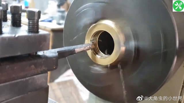一颗六角铜螺母,看牛人如何把它做成高级打火机的,长见识了