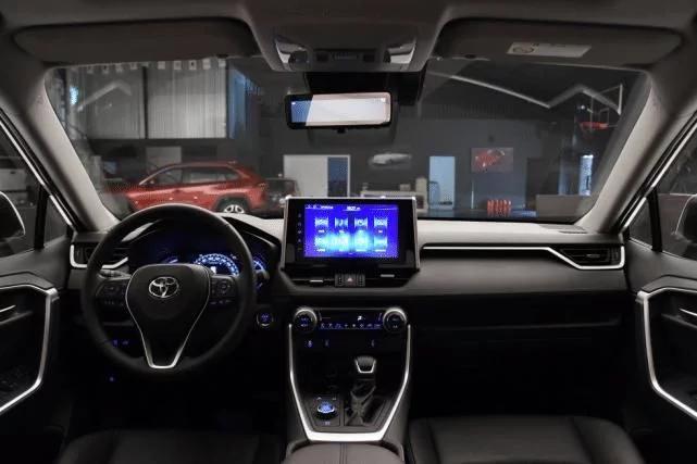 还买啥本田皓影,丰田最牛SUV来袭,178马力+CVT+国六17.48万起
