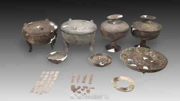 平遥古城发现2000多年前东周古墓葬