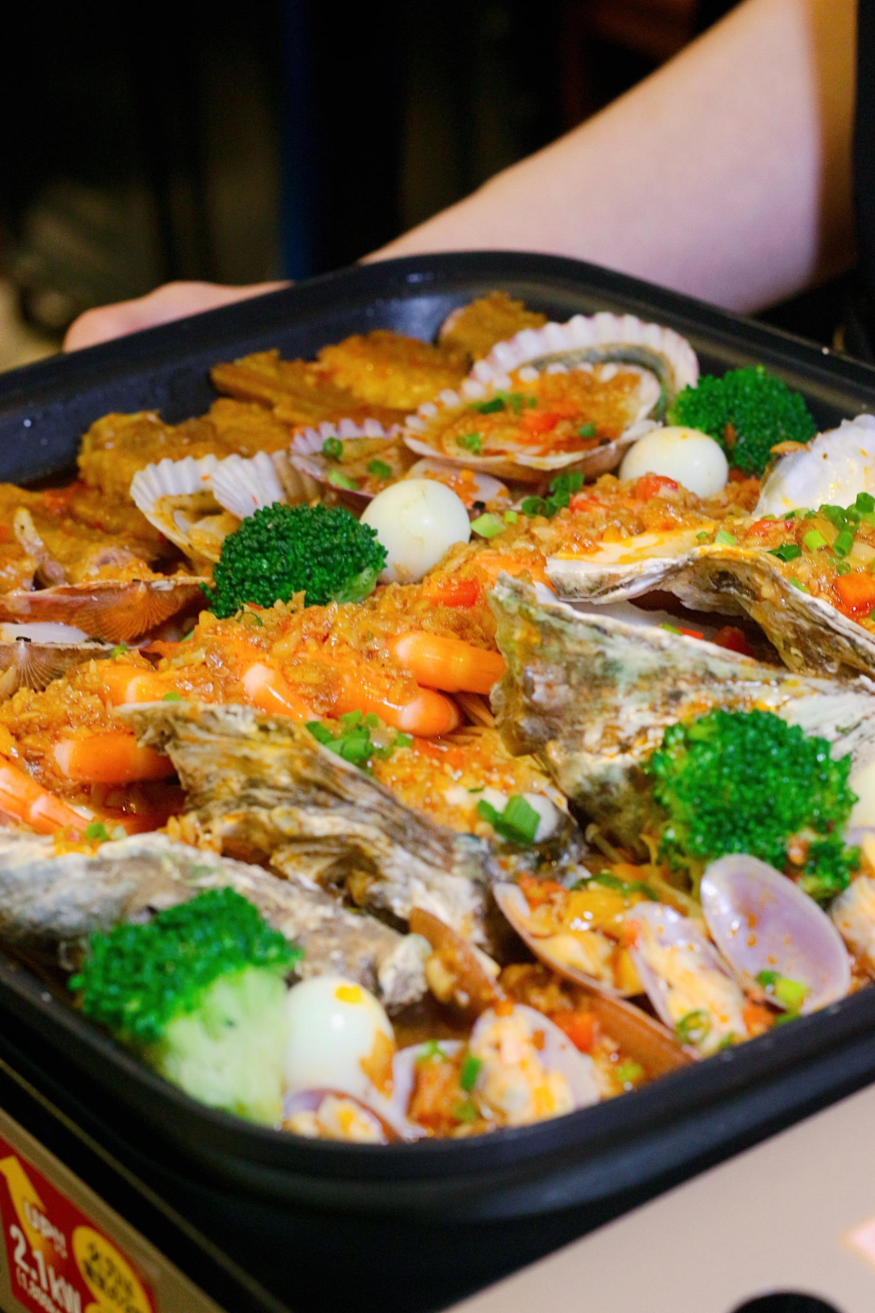 干锅➕火锅双结合,点火锅免费送涮菜,人均30+就能吃火锅❗