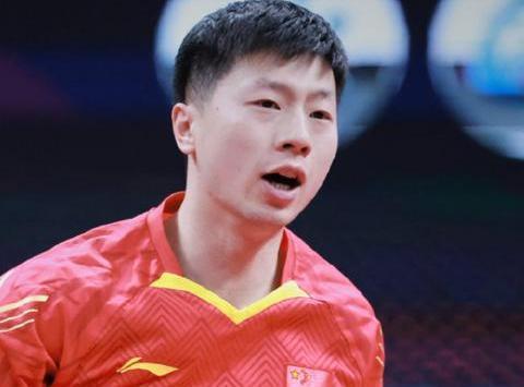 马龙4-1击败樊振东,时隔四年再登顶,总决赛第六冠历史第一人