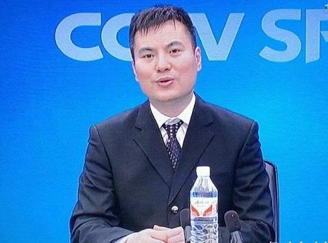 央视为何让黄子忠和刘伟搭档解说乒乓球?国乓能一直统治乒坛吗?