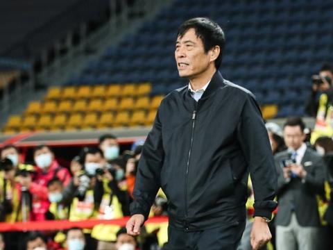 中国足协即将做出重大决定,事关国脚年薪收入,引发球迷热议