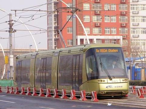 中国首条投入商业运营的导轨电车线路—天津开发区导轨电车1号线