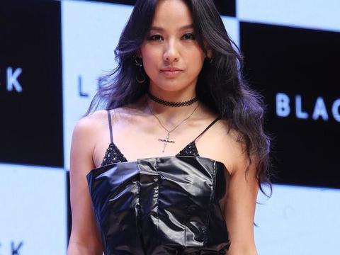 李孝利 有着非凡魅力性感!舞台之上她是万众属目的焦点