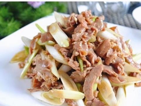 家常美食:葱爆羊肉,肉馅酿蕃茄,青笋炒木耳
