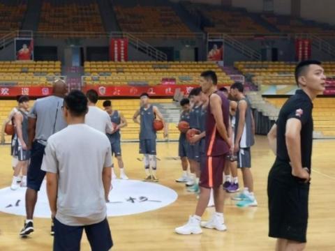 恭喜:辽篮教练组将迎来一位新人,他是辽宁夺冠时的功臣