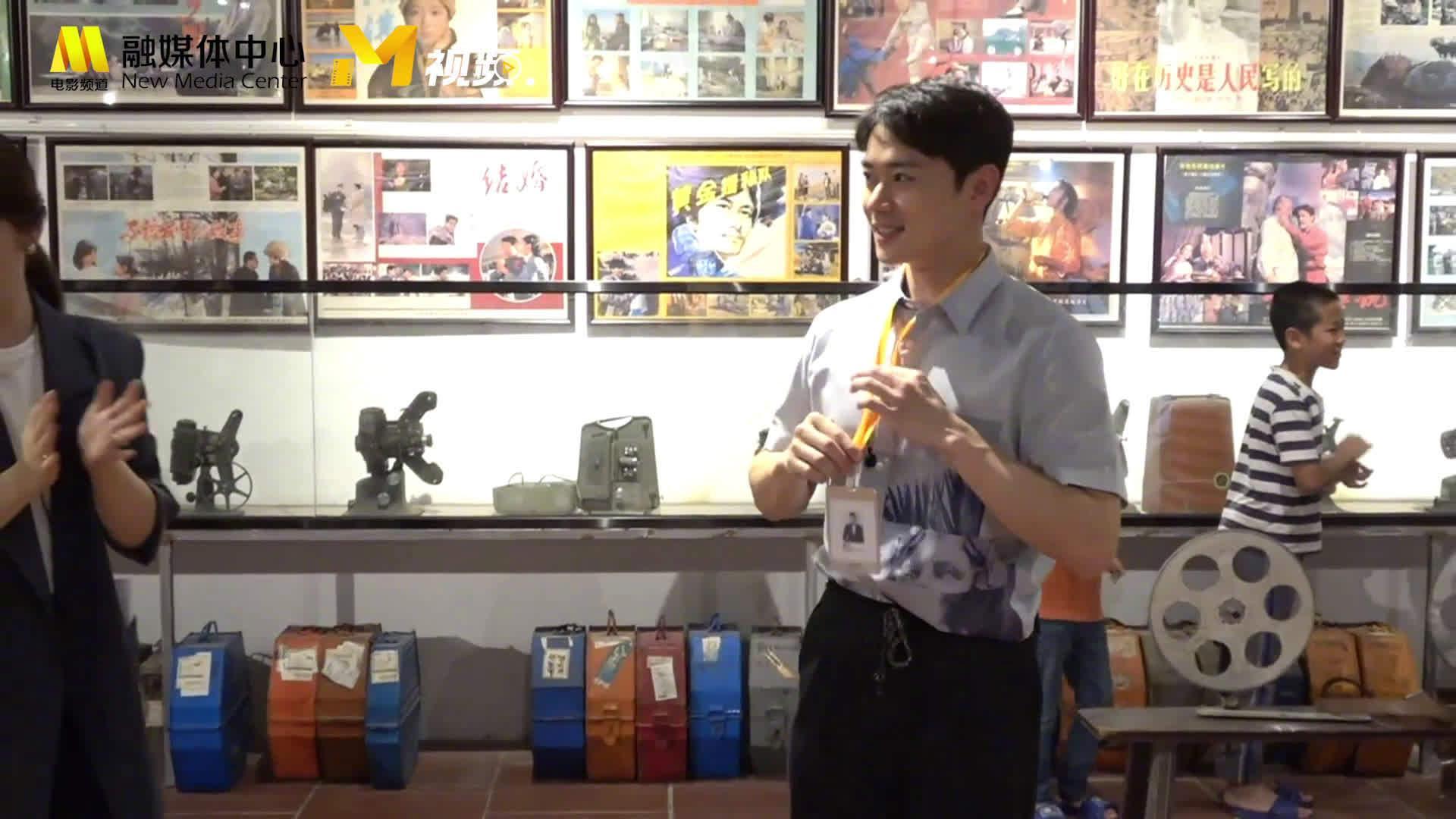 入选成员@曹骏Neil 在 直播中带来了精彩的功夫表演…………