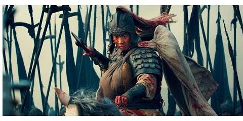 长坂坡,刘备两个十六岁的女儿被俘虏沦为小妾,赵云为何不救?
