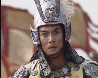 """因演""""赵子龙""""走红,娶了陈佩斯的亲妹,妻子生病陪伴左右"""