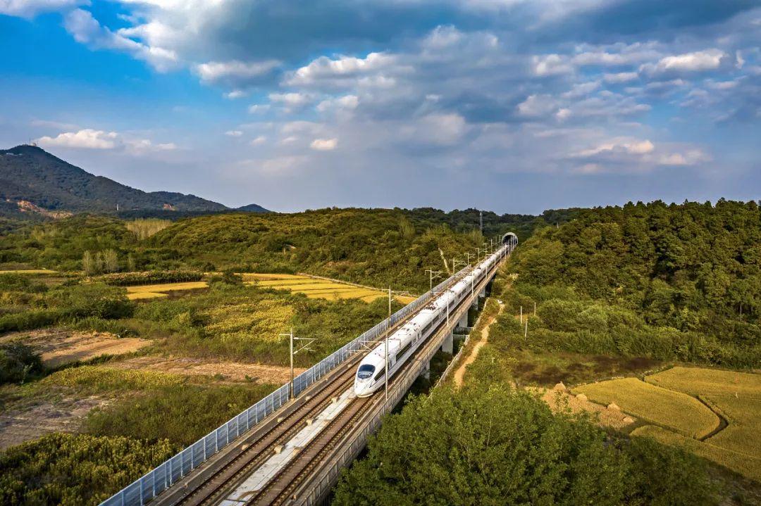 成渝中线高铁有望年底获可研批复 项目估算总投资722亿元