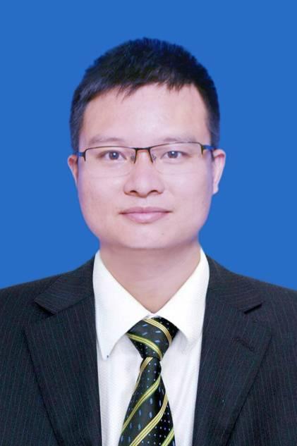 内江市疾控中心副主任徐勇:既是指挥官又是执行者 他是抗疫战线的全能标兵 致敬蜀地英雄