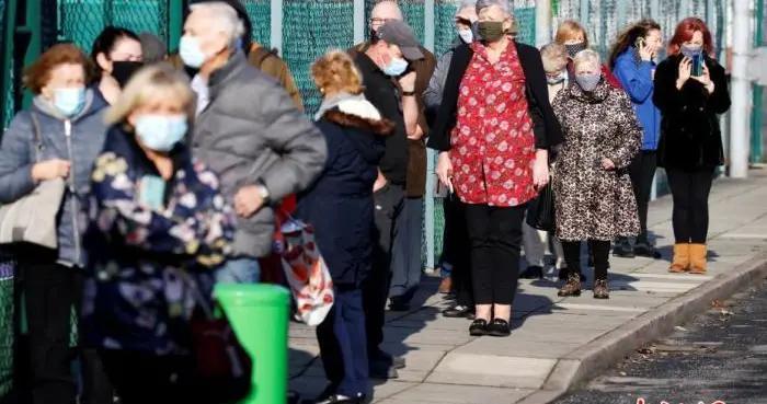 为重振旅游业 英国政府将缩短入境人员隔离期