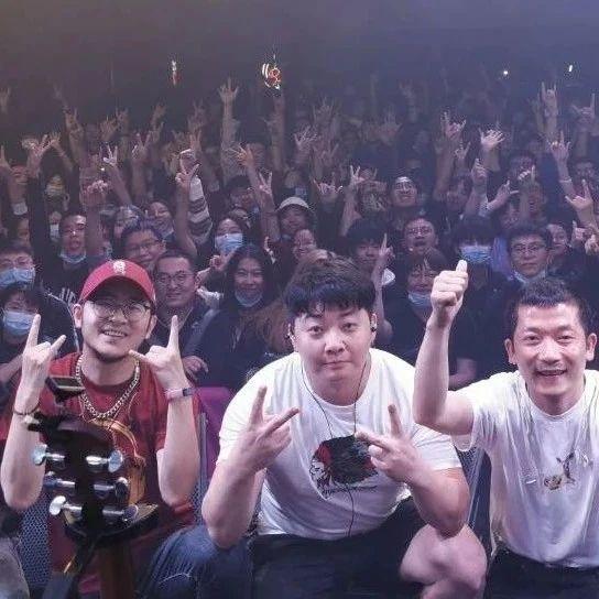 黑撒乐队「狂欢时代」巡演本周造访上海
