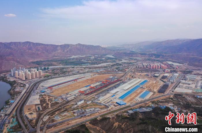 """兰州陆港构建""""双循环""""发展模式 保货运班列发运""""不减量"""""""