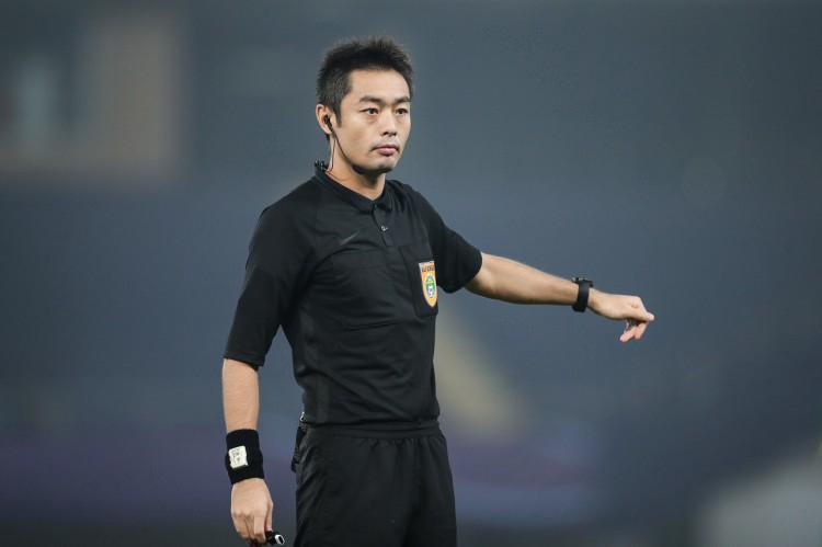 沈寅豪、金京元入选国际级裁判推荐名单,足协力推裁判年轻化