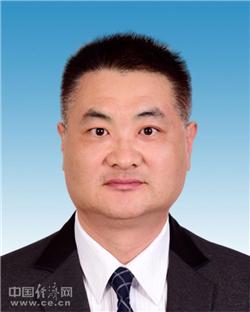 白新民任咸宁市委常委 原任国家开发银行市场与投资局副局长(简历)