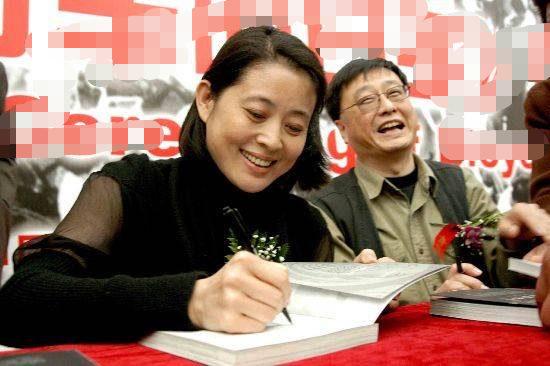 61岁的山口百惠让人羡慕,61岁的倪萍让人心疼,但她却让众人怀念