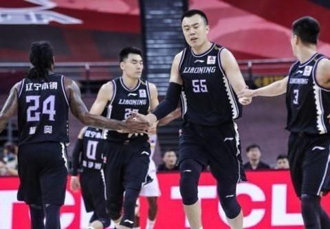 7分,3个篮板,7次助攻,刘志轩打了第二轮以来好的一场比赛