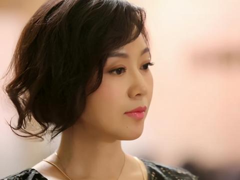 闫妮荣获白玉兰奖最佳女主角,她都塑造过哪些经典人物形象?