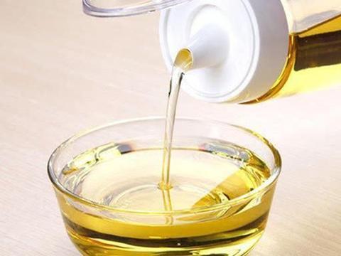 橄榄油、花生油以及大豆油,究竟哪个更健康?希望你别再吃错了