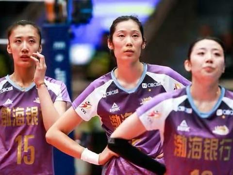 女排联赛:天津队3比0大胜山东队,李盈莹26分成本场得分王