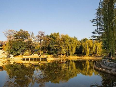 """陕西又一遛娃好去处,西安唯一的""""城市森林公园"""",乘地铁可直达"""