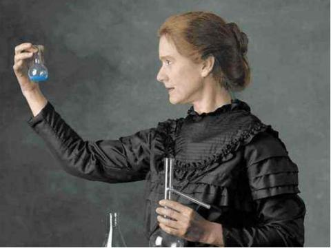 居里夫人的笔记本还在放射,诺贝尔官方:放射性将持续1500年!