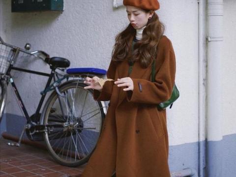 秋冬怎么穿才出众,30岁女人这样穿优雅大方还减龄,拒绝大妈感