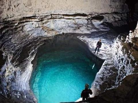"""地球上""""最""""大的洞穴,有40层楼那么高,里面奇景应有尽有"""