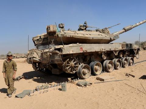 以色列坦克在边境大军出动,真主党PRG瞄准