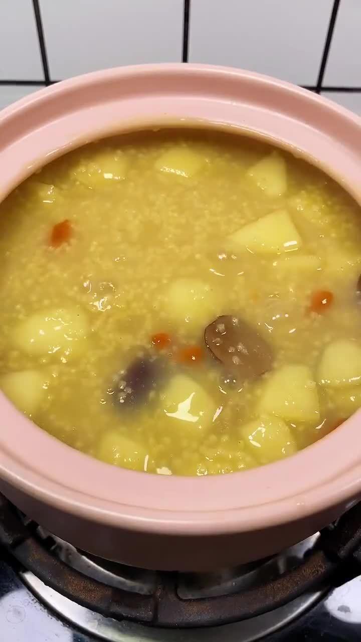 每天一碗苹果小米粥,小脸红扑扑 美食天天见超话