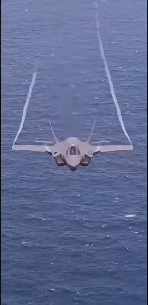 F-35A低速大迎角下的边条小涡流