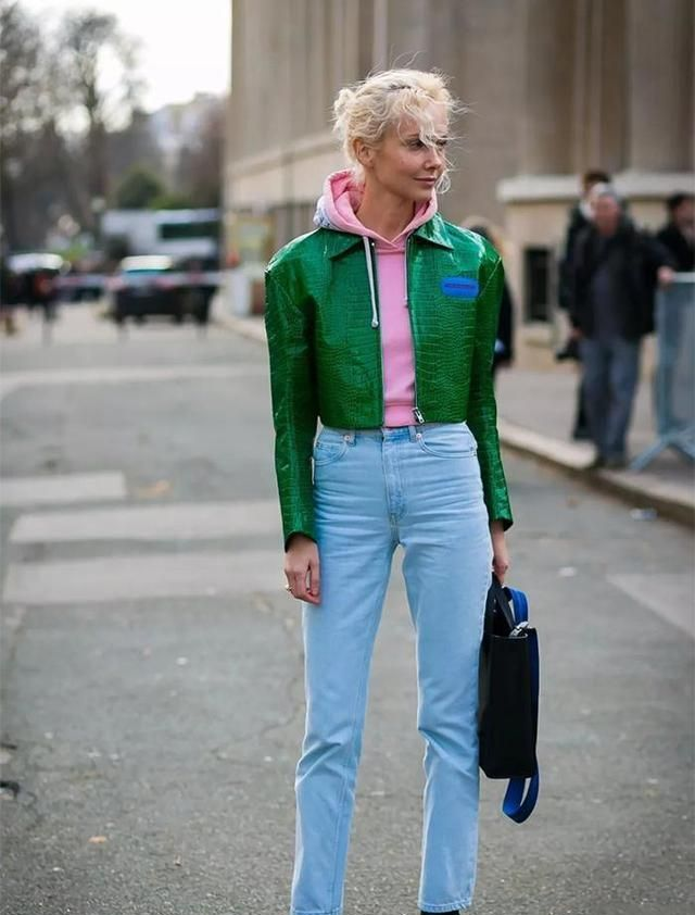 """女生身高不足155,秋冬要多穿""""短外套+高腰裤"""",太显高了吧"""
