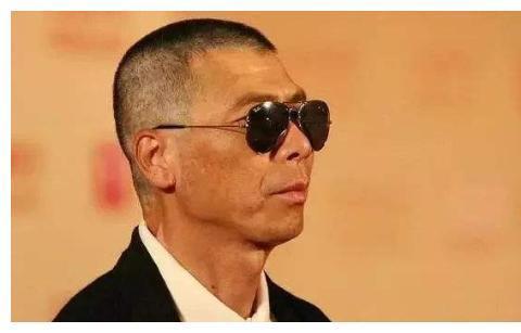 """冯小刚直白评价""""中国演员"""",为什么说孙红雷和黄渤是演员的耻辱"""