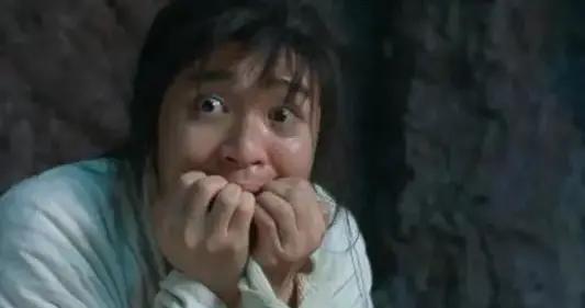老阿姨咳嗽四五年,把甘草片当零食吃!医生:再这样吃下去可能危及生命