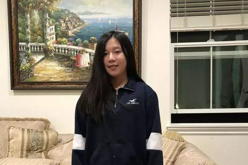 美国华裔初中生发起免费网课 辅导低收入家庭孩子