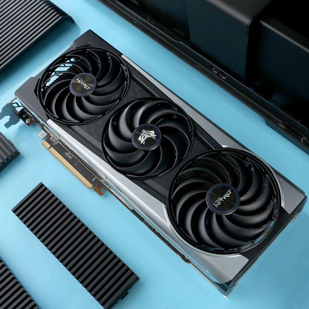 有质感也有个性,蓝宝石的Radeon RX 6800XT超白金OC图赏