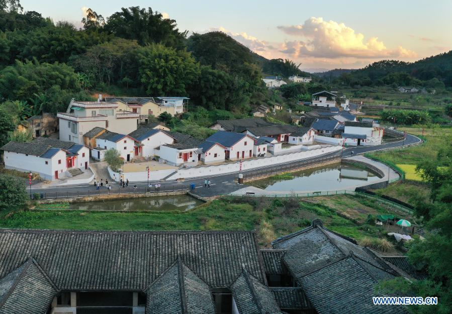 Aerial photo taken on Nov. 20, 2020 shows the overview of renovated Yushui village in Chengbei Township of Meizhou City in south China's Guangdong Province. In recent years, Meizhou, hometown to many overseas Chinese, has stepped up with its efforts preserving ecological environment and improving living environment in the rural areas to boost village tourism. (Xinhua/Li He)